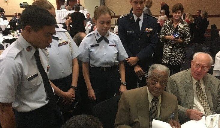 Touching Moment with WWII Veterans and Teen Cadets at the MO ESGR Dinner